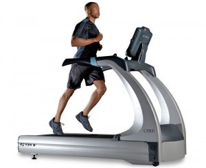 CS900 Treadmill TRUE